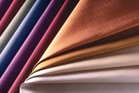 Ao trabalho com estilo – Os tecidos certos!